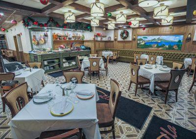 Pulcinella Authentic Italian Restaurant Dining Room